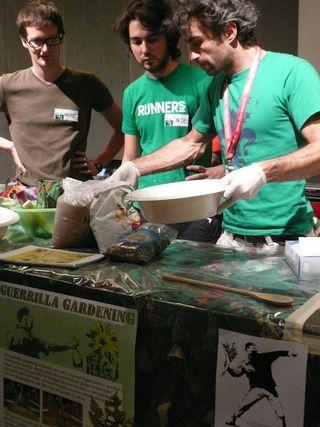 guerrilla-gardening-workshop-2-768x1024.jpg